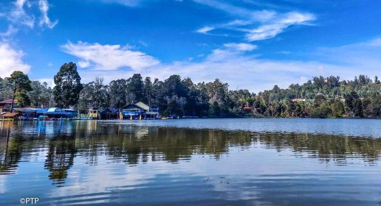 Nature and lake